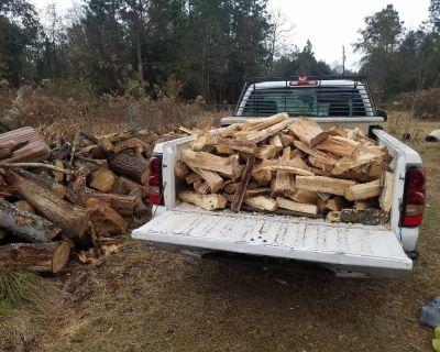 Seasoned split oak firewood