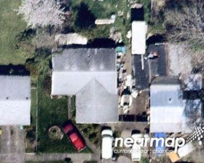 Preforeclosure Property in Portland, OR 97220 - NE Siskiyou St