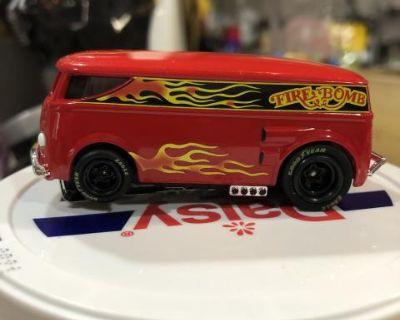 Autoworld vw bus Ho slot car