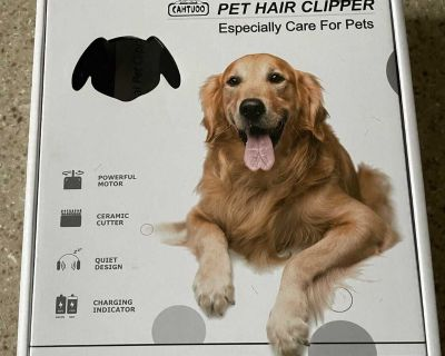 Nearly New Pet Grooming Kit
