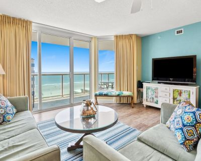Instantly step into paradise w/pools, lazy river, game room, kids' pool, workout center - Crescent Beach
