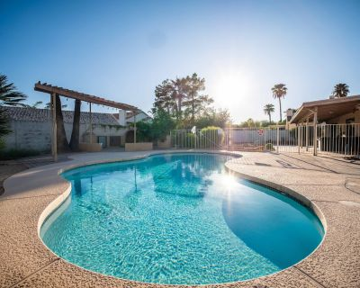 NEAR PHOENIX OPEN   POOL AND POOL TABLE - La Paz At Desert Springs