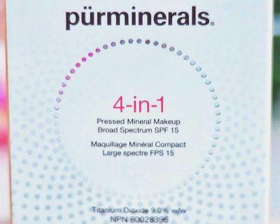 NIB P R 4-in-1 Broad Spectrum SPF 15 Pressed Mineral Powder Foundation Fair Ivory/LN2