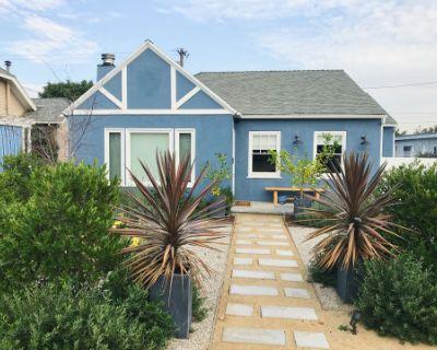 Modern Home in Larchmont Village, Los Angeles, CA