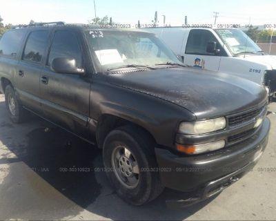 Salvage Black 2000 Chevrolet Suburban