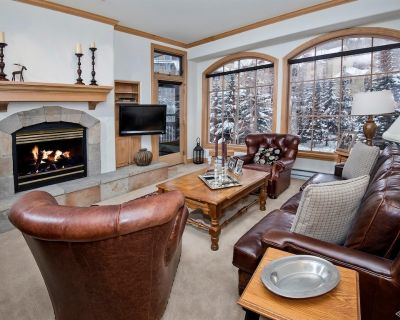 Oxford Court 308 - Two Bedroom with Views - Highlands Townhomes