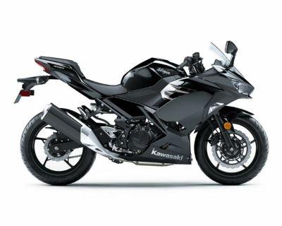 2019 Kawasaki Ninja 400 ABS Metallic Spark Black
