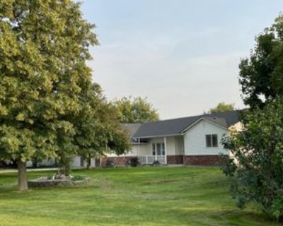 2507 S Happy Valley Rd #1, Nampa, ID 83686 5 Bedroom Apartment