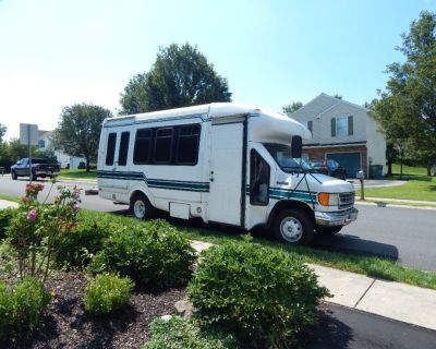 Shuttle Bus Conversion for sale 2006 Ford