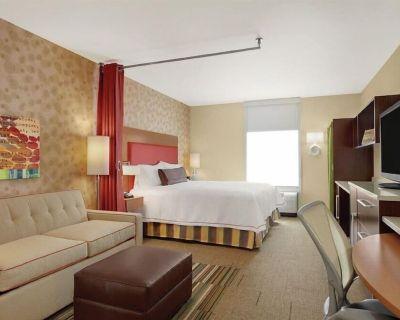 2-Bedroom Suite at Home2 Suites by Hilton Albuquerque/Downtown-University by Suiteness - Albuquerque