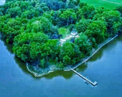 HISTORIC WATERFRONT ESTATE WITH PRIVATE TAVERN - Centreville