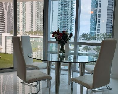 Luxury Apartment - Downtown Miami