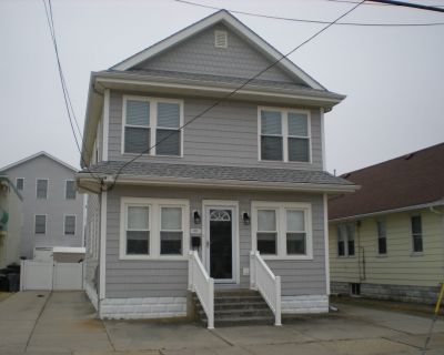 Don't Rent a House. Rent a HOME! Private Yard! Deck! Grill! LABOR DAY WKND OPEN! - North Wildwood