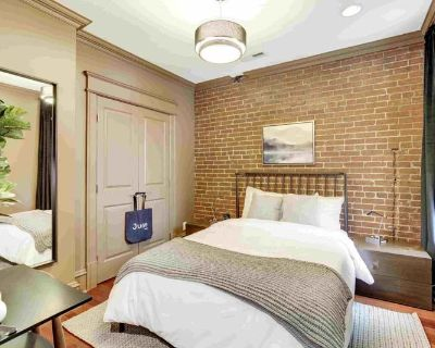 Furnished Queen Room in H Street #178 A
