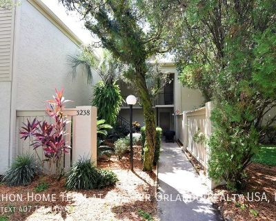 Updated 1BR/1BA in gated community of Wimbledon Park, close to Orlando International Airport.