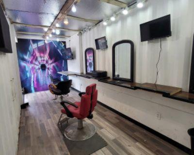 In City Prep Area : Barbershop / Makeup Artist / Stylist Chairs, Atlanta, GA