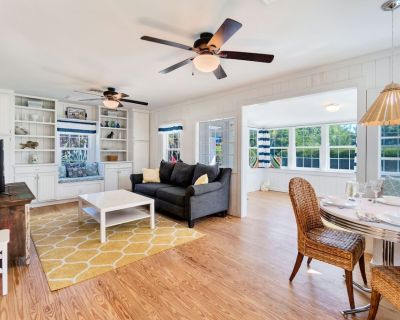 Paradise Awaits in This Downtown Vintage Chic Cottage - Sanibel