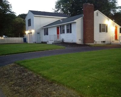 TEWKSBURY, MA - RANCH HOUSE WITH GARAGE, 3 BEDS, 2 FULL BATHS - 21 DAY MAX STAY - Tewksbury Center