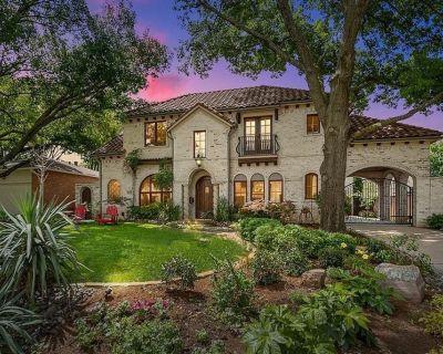 Tuscan Home in Great Location of Dallas - Preston Hollow