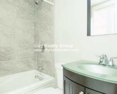 AVAILABLE 9/1!! -3BED/1BATH IN  ROXBURY - UPDATED APPLIANCES & PET FRIENDLY!!!
