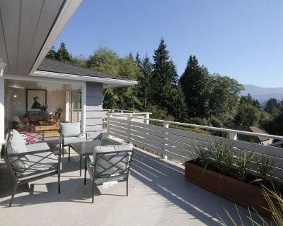 SALE $249 Modern Family Home - Beaches Wifi Patio Yard Ocean & Mountain Views - Deep Cove