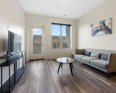 Brand New 1Bed/1Bath Condo in Heart of 4th Street #101 - Downtown Louisville
