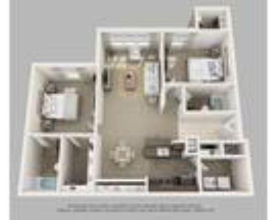 Versailles Apartments - 2 Bedroom + 2 Bath