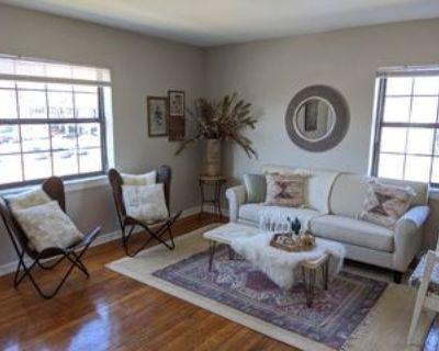 3541 Gillham Road #3, Kansas City, MO 64111 1 Bedroom Apartment