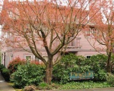 7422 Latona Ave Ne, Seattle, WA 98115 4 Bedroom Apartment