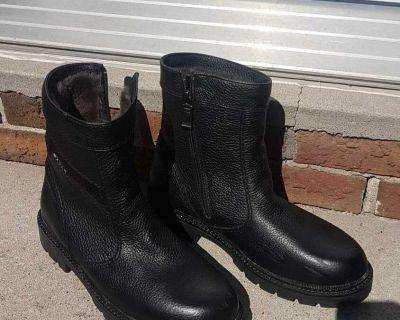 Men's Pajar boots size 10
