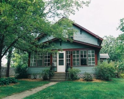 Rendezvous is a restored vintage home nestled in beautiful downtown Forest Lake - Forest Lake