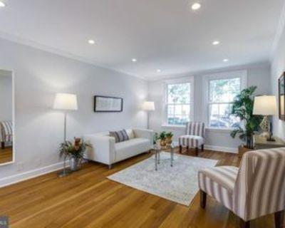 3570 S Stafford St #A2, Arlington, VA 22206 1 Bedroom Apartment