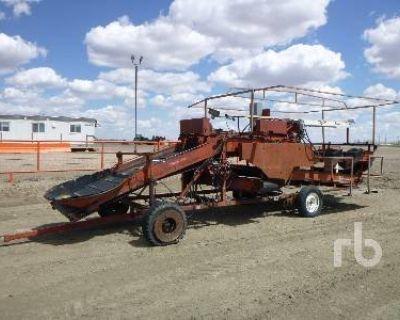 1984 SPUDNICK 24 FT GRADER TABLE Harvesting Equipment