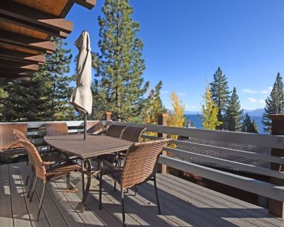Lake View in Dollar Point, Private bathroom in each room, Snow sleds, BBQ deck - Lake Forest