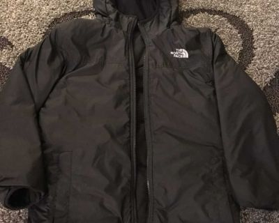 Boys size 10 North Face reversible coat