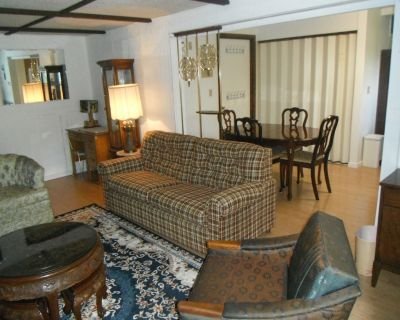 Quiet Upscale Deer Lake Area - Furnished Suite - Burnaby