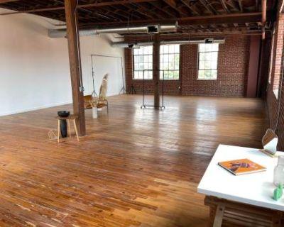 Spacious, Industrial Loft Studio Flooding With Natural Light, Atlanta, GA
