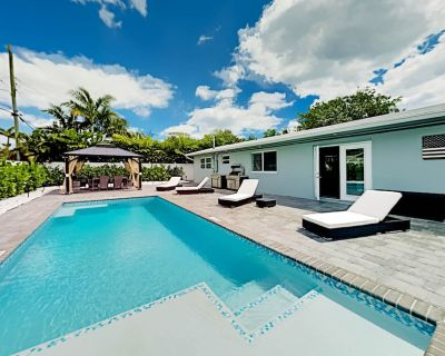 All-new Oasis Private Pool, Outdoor Kitchen, Designer Interior Near Beach - Bel Air