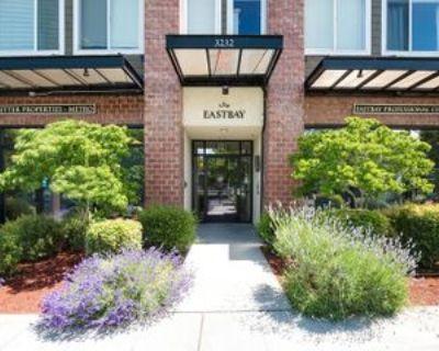3232 15th Ave W, Seattle, WA 98119 2 Bedroom Condo