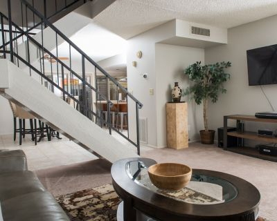 Old Town Scottsdale - Fully Furnished Vacation Home & Short-Term Rental - Casa Granada East Townhouses