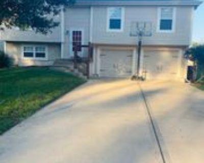 11416 N Nashua Dr #1, Kansas City, MO 64155 3 Bedroom Apartment