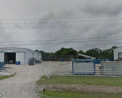 LARGE Delcambre Industrial Property off Hwy 14