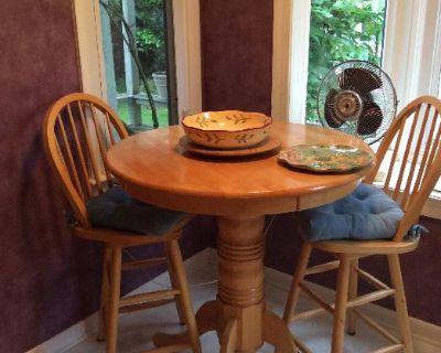 Yorktown Estate Sale - Caring Transitions VAPen