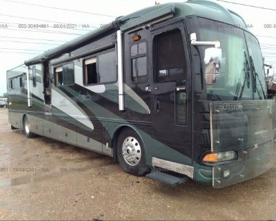 Salvage Green 2003 Spartan Motors Motorhome