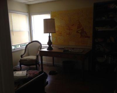 Sunny furnished bedroom- mid-September in Covid-savy Menlo Park
