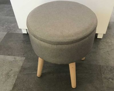Foot stool/side table
