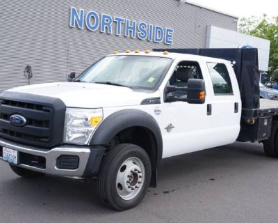 2014 Ford Super Duty F-550 Chassis Cab Lariat