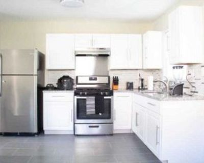 Room for Rent - a 9 minute walk to bus 24 near Me, Decatur, GA 30032 1 Bedroom House