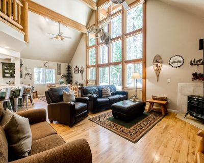 Incredible House + Loft W/furnished Patio, Free Wifi, Gas Fireplace, & Gas Grill - Soda Springs