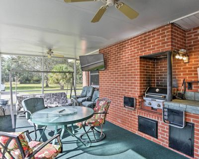 Cozy Sanford Home near Orlando Resorts & Airport! - Sanford